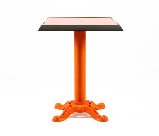 https://res.cloudinary.com/clippings/image/upload/t_big/dpr_auto,f_auto,w_auto/v1/product_bases/mica-9161-table-by-maiori-design-maiori-design-clippings-7564752.jpg