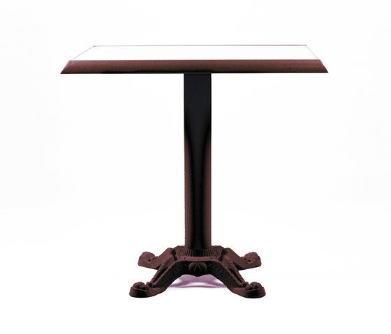 https://res.cloudinary.com/clippings/image/upload/t_big/dpr_auto,f_auto,w_auto/v1/product_bases/mica-9161-table-by-maiori-design-maiori-design-clippings-7564852.jpg