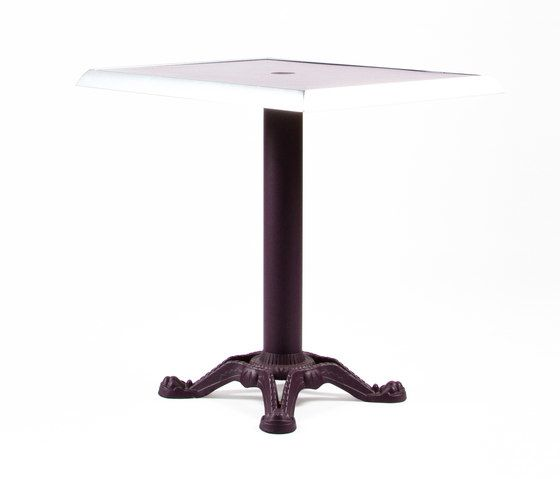 https://res.cloudinary.com/clippings/image/upload/t_big/dpr_auto,f_auto,w_auto/v1/product_bases/mica-9161-table-by-maiori-design-maiori-design-clippings-7564932.jpg