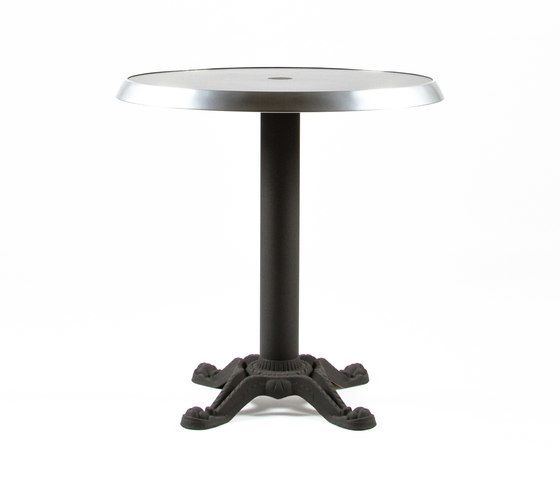 https://res.cloudinary.com/clippings/image/upload/t_big/dpr_auto,f_auto,w_auto/v1/product_bases/mica-9165-table-by-maiori-design-maiori-design-clippings-7538602.jpg