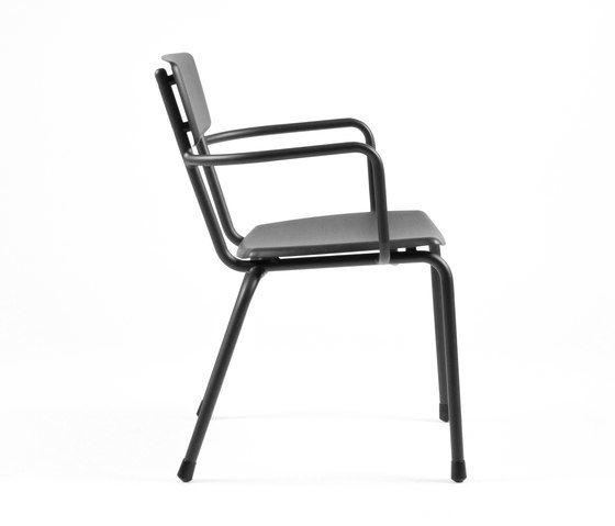 https://res.cloudinary.com/clippings/image/upload/t_big/dpr_auto,f_auto,w_auto/v1/product_bases/mica-9166-armchair-by-maiori-design-maiori-design-clippings-6680152.jpg