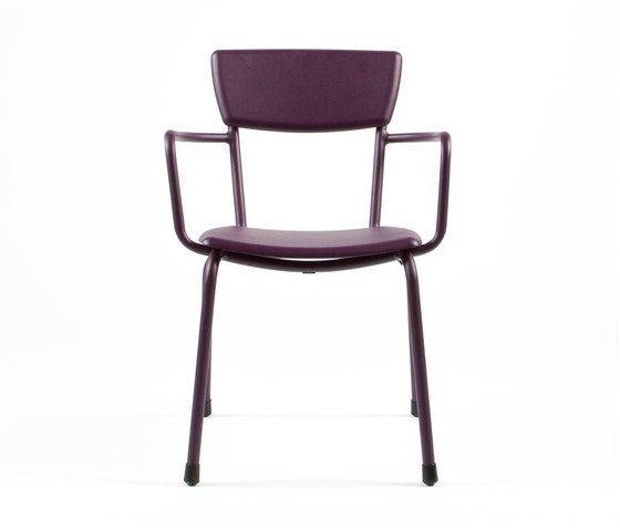 https://res.cloudinary.com/clippings/image/upload/t_big/dpr_auto,f_auto,w_auto/v1/product_bases/mica-9166-armchair-by-maiori-design-maiori-design-clippings-6681402.jpg