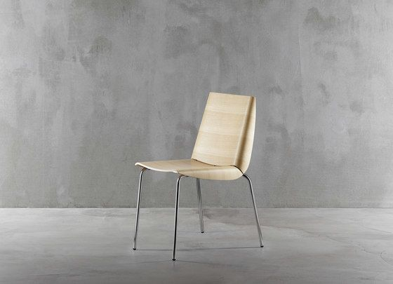 https://res.cloudinary.com/clippings/image/upload/t_big/dpr_auto,f_auto,w_auto/v1/product_bases/millefoglie-chair-1620-20-by-plank-plank-biagio-cisotti-sandra-laube-clippings-1947762.jpg