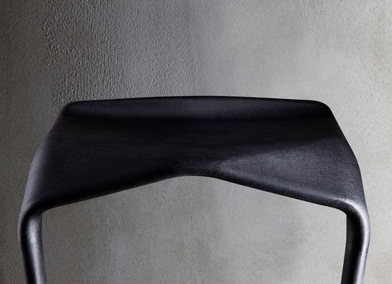 https://res.cloudinary.com/clippings/image/upload/t_big/dpr_auto,f_auto,w_auto/v1/product_bases/miura-stool-8200-00-by-plank-plank-konstantin-grcic-clippings-2928592.jpg