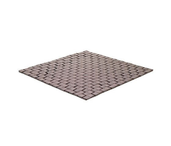https://res.cloudinary.com/clippings/image/upload/t_big/dpr_auto,f_auto,w_auto/v1/product_bases/mnml-101-outdoor-indoor-brown-silver-by-kymo-kymo-eva-langhans-clippings-4396922.jpg