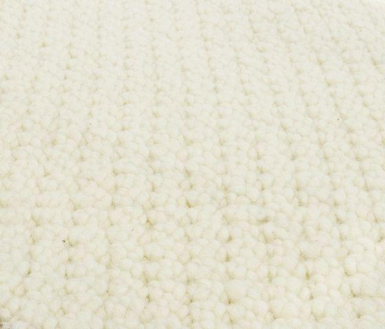 MNU 22 ivory, 200x300cm by Miinu