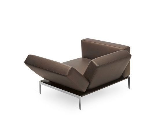 https://res.cloudinary.com/clippings/image/upload/t_big/dpr_auto,f_auto,w_auto/v1/product_bases/model-1343-piu-fauteuil-by-intertime-intertime-werner-baumhakl-clippings-2111622.jpg