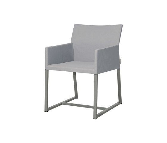 https://res.cloudinary.com/clippings/image/upload/t_big/dpr_auto,f_auto,w_auto/v1/product_bases/mono-dining-chair-by-mamagreen-mamagreen-clippings-6351832.jpg