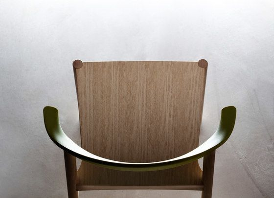 https://res.cloudinary.com/clippings/image/upload/t_big/dpr_auto,f_auto,w_auto/v1/product_bases/monza-chair-1211-20-by-plank-plank-konstantin-grcic-clippings-1768602.jpg