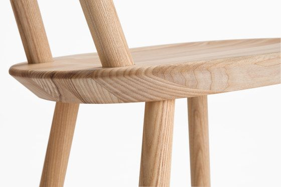 https://res.cloudinary.com/clippings/image/upload/t_big/dpr_auto,f_auto,w_auto/v1/product_bases/naive-chair-ash-by-emko-emko-arunas-sukarevicius-etc-etc-inesa-malafej-clippings-3154342.jpg