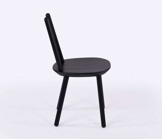 https://res.cloudinary.com/clippings/image/upload/t_big/dpr_auto,f_auto,w_auto/v1/product_bases/naive-chair-black-by-emko-emko-arunas-sukarevicius-etc-etc-inesa-malafej-clippings-7640612.jpg