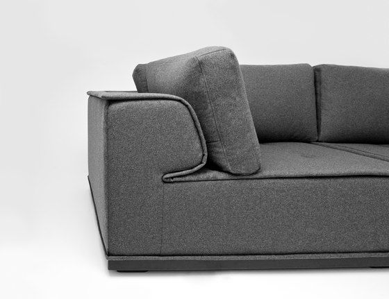 https://res.cloudinary.com/clippings/image/upload/t_big/dpr_auto,f_auto,w_auto/v1/product_bases/napo-sofa-by-comforty-comforty-clippings-5075402.jpg