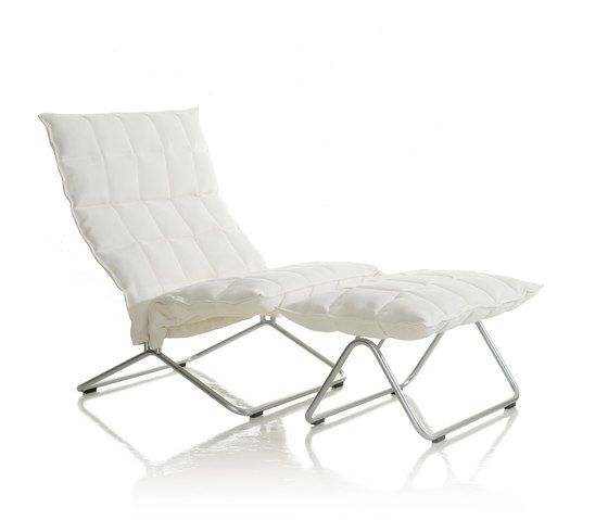 https://res.cloudinary.com/clippings/image/upload/t_big/dpr_auto,f_auto,w_auto/v1/product_bases/narrow-k-chair-and-ottoman-by-woodnotes-woodnotes-harri-koskinen-clippings-7035542.jpg