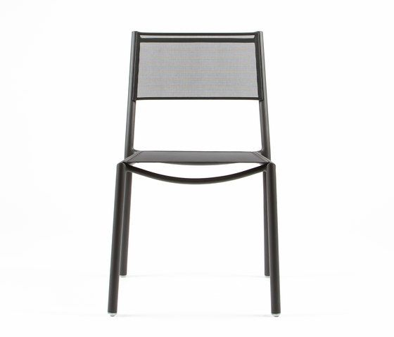 https://res.cloudinary.com/clippings/image/upload/t_big/dpr_auto,f_auto,w_auto/v1/product_bases/nc8527-chair-by-maiori-design-maiori-design-clippings-6871482.jpg