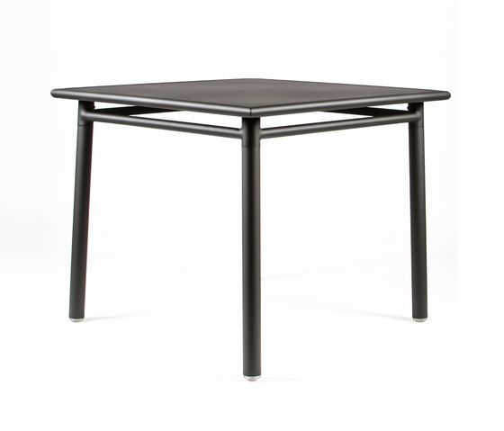 https://res.cloudinary.com/clippings/image/upload/t_big/dpr_auto,f_auto,w_auto/v1/product_bases/nc8670-square-table-by-maiori-design-maiori-design-clippings-3695532.jpg