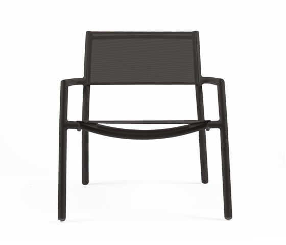 https://res.cloudinary.com/clippings/image/upload/t_big/dpr_auto,f_auto,w_auto/v1/product_bases/nc8735-low-armchair-by-maiori-design-maiori-design-clippings-7674232.jpg