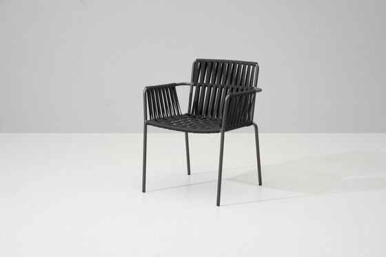https://res.cloudinary.com/clippings/image/upload/t_big/dpr_auto,f_auto,w_auto/v1/product_bases/net-dining-armchair-by-kettal-kettal-clippings-6910702.jpg