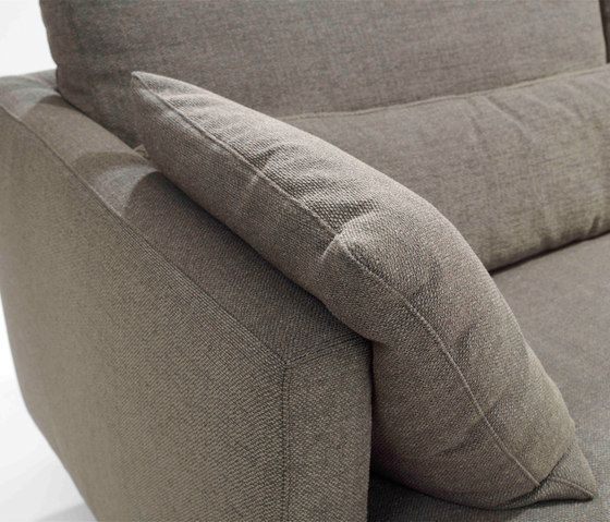 https://res.cloudinary.com/clippings/image/upload/t_big/dpr_auto,f_auto,w_auto/v1/product_bases/njoy-xl-sofa-by-linteloo-linteloo-jan-des-bouvrie-clippings-5602932.jpg