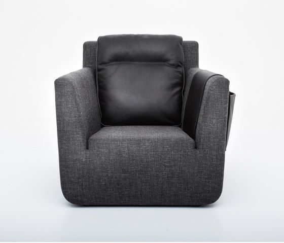 https://res.cloudinary.com/clippings/image/upload/t_big/dpr_auto,f_auto,w_auto/v1/product_bases/nobel-armchair-by-comforty-comforty-tomek-rygalik-clippings-6202522.jpg