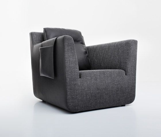 https://res.cloudinary.com/clippings/image/upload/t_big/dpr_auto,f_auto,w_auto/v1/product_bases/nobel-armchair-by-comforty-comforty-tomek-rygalik-clippings-6202622.jpg