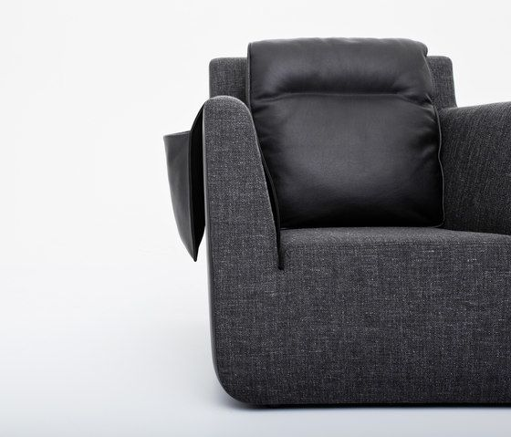 https://res.cloudinary.com/clippings/image/upload/t_big/dpr_auto,f_auto,w_auto/v1/product_bases/nobel-armchair-by-comforty-comforty-tomek-rygalik-clippings-6202702.jpg