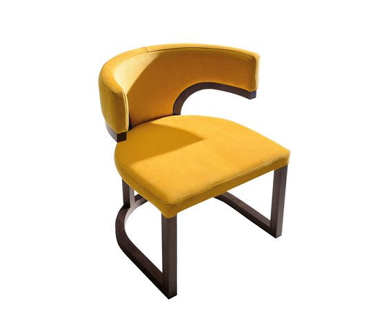 https://res.cloudinary.com/clippings/image/upload/t_big/dpr_auto,f_auto,w_auto/v1/product_bases/nora-armchair-by-mobilfresno-alternative-mobilfresno-alternative-paco-camus-clippings-8352192.jpg