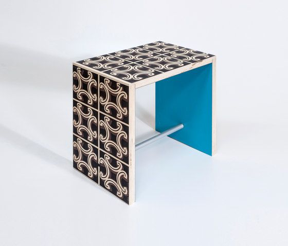 https://res.cloudinary.com/clippings/image/upload/t_big/dpr_auto,f_auto,w_auto/v1/product_bases/nordico-verace-stoolside-table-by-covo-covo-marcello-panza-clippings-3254352.jpg