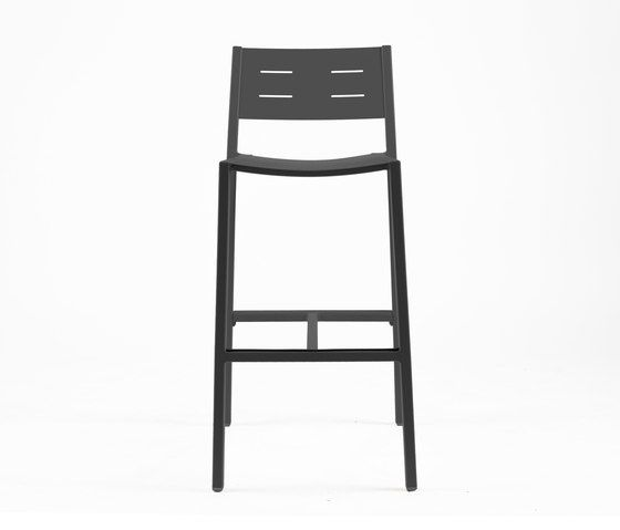 https://res.cloudinary.com/clippings/image/upload/t_big/dpr_auto,f_auto,w_auto/v1/product_bases/ns9534-highchair-by-maiori-design-maiori-design-clippings-4930652.jpg