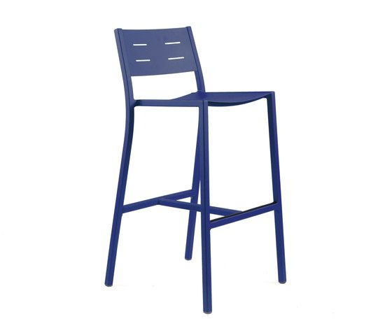 https://res.cloudinary.com/clippings/image/upload/t_big/dpr_auto,f_auto,w_auto/v1/product_bases/ns9534-highchair-by-maiori-design-maiori-design-clippings-4930802.jpg