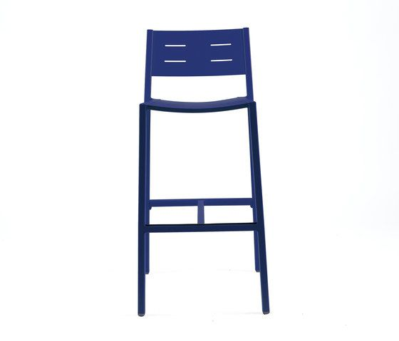 https://res.cloudinary.com/clippings/image/upload/t_big/dpr_auto,f_auto,w_auto/v1/product_bases/ns9534-highchair-by-maiori-design-maiori-design-clippings-4930892.jpg