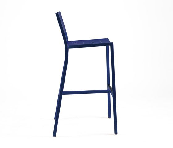https://res.cloudinary.com/clippings/image/upload/t_big/dpr_auto,f_auto,w_auto/v1/product_bases/ns9534-highchair-by-maiori-design-maiori-design-clippings-4930972.jpg