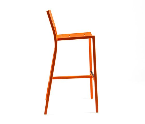 https://res.cloudinary.com/clippings/image/upload/t_big/dpr_auto,f_auto,w_auto/v1/product_bases/ns9534-highchair-by-maiori-design-maiori-design-clippings-4931492.jpg
