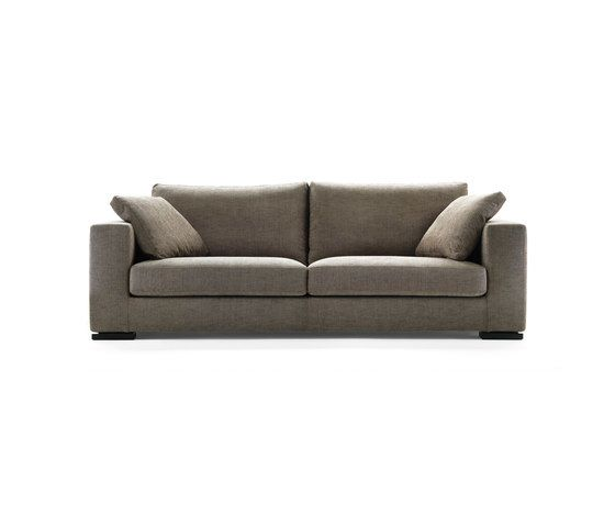 https://res.cloudinary.com/clippings/image/upload/t_big/dpr_auto,f_auto,w_auto/v1/product_bases/oliver-sofa-by-giulio-marelli-giulio-marelli-clippings-4881112.jpg