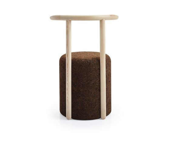 https://res.cloudinary.com/clippings/image/upload/t_big/dpr_auto,f_auto,w_auto/v1/product_bases/omega-chair-4-by-blackcork-blackcork-toni-grilo-clippings-3649712.jpg