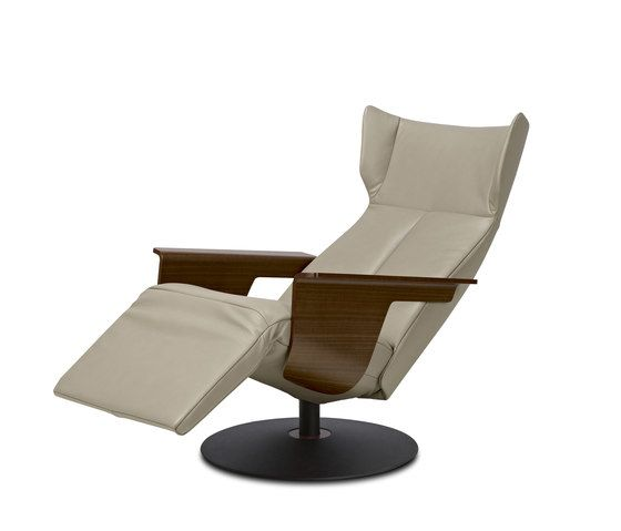 https://res.cloudinary.com/clippings/image/upload/t_big/dpr_auto,f_auto,w_auto/v1/product_bases/orea-relaxchair-by-jori-jori-christophe-giraud-clippings-6442222.jpg