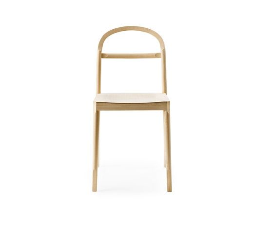 https://res.cloudinary.com/clippings/image/upload/t_big/dpr_auto,f_auto,w_auto/v1/product_bases/osterlen-chair-by-garsnas-garsnas-inga-sempe-clippings-1763042.jpg