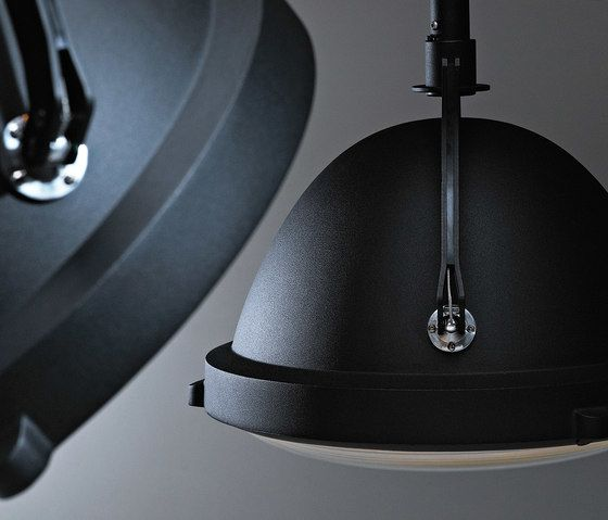 https://res.cloudinary.com/clippings/image/upload/t_big/dpr_auto,f_auto,w_auto/v1/product_bases/outsider-pendant-lamp-by-jacco-maris-jacco-maris-clippings-2917482.jpg