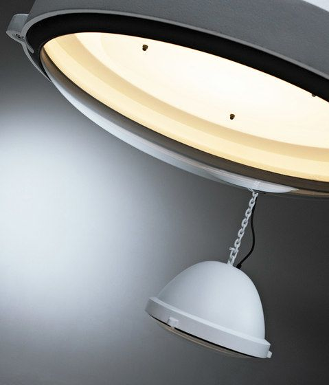 https://res.cloudinary.com/clippings/image/upload/t_big/dpr_auto,f_auto,w_auto/v1/product_bases/outsider-pendant-lamp-by-jacco-maris-jacco-maris-clippings-2917552.jpg