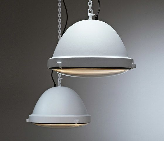 https://res.cloudinary.com/clippings/image/upload/t_big/dpr_auto,f_auto,w_auto/v1/product_bases/outsider-pendant-lamp-by-jacco-maris-jacco-maris-clippings-2917572.jpg