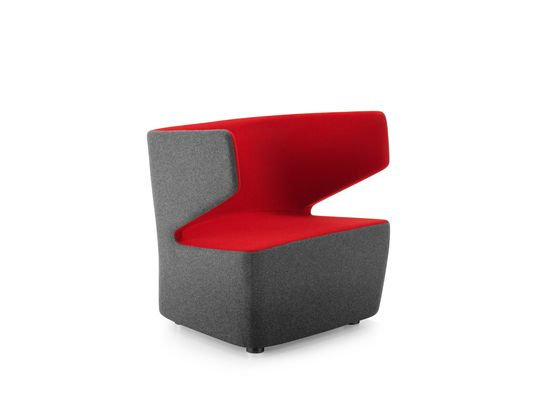 https://res.cloudinary.com/clippings/image/upload/t_big/dpr_auto,f_auto,w_auto/v1/product_bases/pablo-armchair-by-girsberger-girsberger-orlandini-design-clippings-4565202.jpg