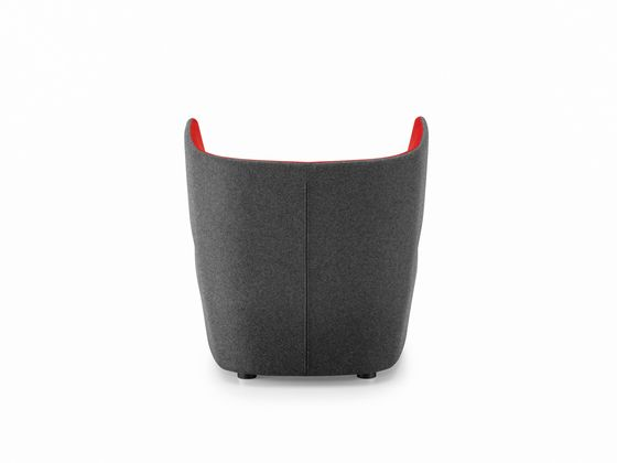 https://res.cloudinary.com/clippings/image/upload/t_big/dpr_auto,f_auto,w_auto/v1/product_bases/pablo-armchair-by-girsberger-girsberger-orlandini-design-clippings-4565212.jpg