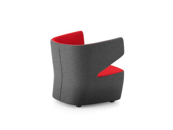 https://res.cloudinary.com/clippings/image/upload/t_big/dpr_auto,f_auto,w_auto/v1/product_bases/pablo-armchair-by-girsberger-girsberger-orlandini-design-clippings-4565222.jpg