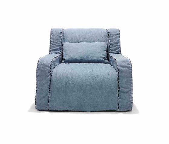 https://res.cloudinary.com/clippings/image/upload/t_big/dpr_auto,f_auto,w_auto/v1/product_bases/paola-armchair-by-linteloo-linteloo-paola-navone-clippings-7034542.jpg