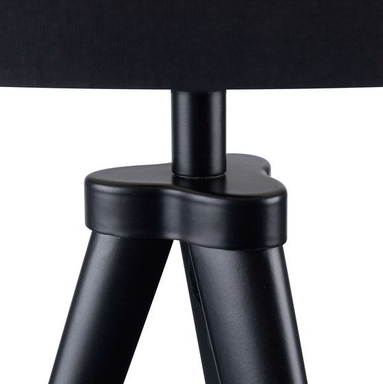 https://res.cloudinary.com/clippings/image/upload/t_big/dpr_auto,f_auto,w_auto/v1/product_bases/paso-tri-25-t1-table-black-black-by-daro-daro-thomas-daro-clippings-2460342.jpg