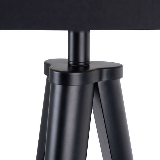 https://res.cloudinary.com/clippings/image/upload/t_big/dpr_auto,f_auto,w_auto/v1/product_bases/paso-tri-25-t1-table-black-black-by-daro-daro-thomas-daro-clippings-2460392.jpg