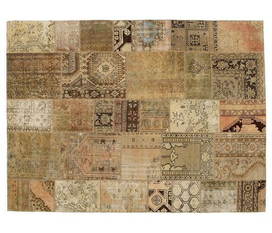 https://res.cloudinary.com/clippings/image/upload/t_big/dpr_auto,f_auto,w_auto/v1/product_bases/patchwork-beige-by-golran-1898-golran-1898-clippings-3956772.jpg