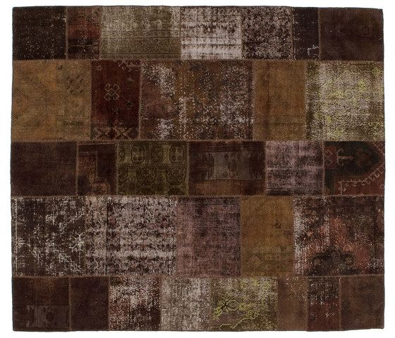 https://res.cloudinary.com/clippings/image/upload/t_big/dpr_auto,f_auto,w_auto/v1/product_bases/patchwork-brown-by-golran-1898-golran-1898-clippings-4156622.jpg