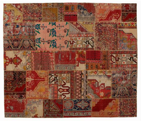 https://res.cloudinary.com/clippings/image/upload/t_big/dpr_auto,f_auto,w_auto/v1/product_bases/patchwork-classic-by-golran-1898-golran-1898-clippings-4014992.jpg