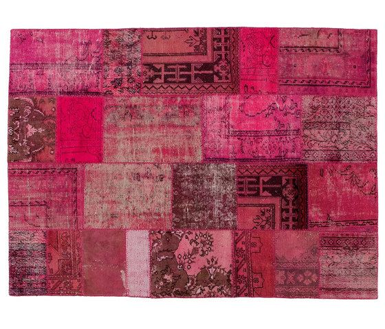 https://res.cloudinary.com/clippings/image/upload/t_big/dpr_auto,f_auto,w_auto/v1/product_bases/patchwork-pink-by-golran-1898-golran-1898-clippings-3947132.jpg