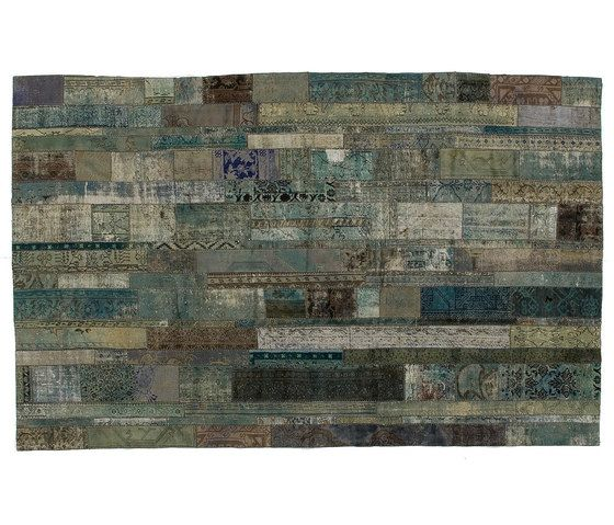 https://res.cloudinary.com/clippings/image/upload/t_big/dpr_auto,f_auto,w_auto/v1/product_bases/patchwork-restyled-aqua-by-golran-1898-golran-1898-clippings-3960382.jpg